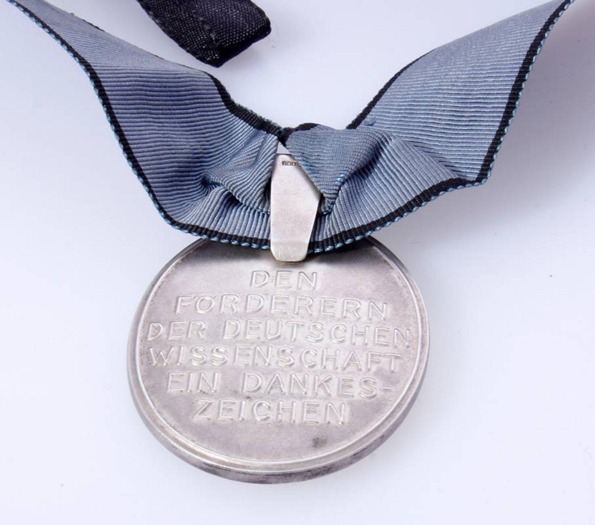 Verdienstmedaille der Notgemeinschaft Deutsche WissenschaftEine sehr seltene Auszeichnung aus der - Bild 4 aus 4