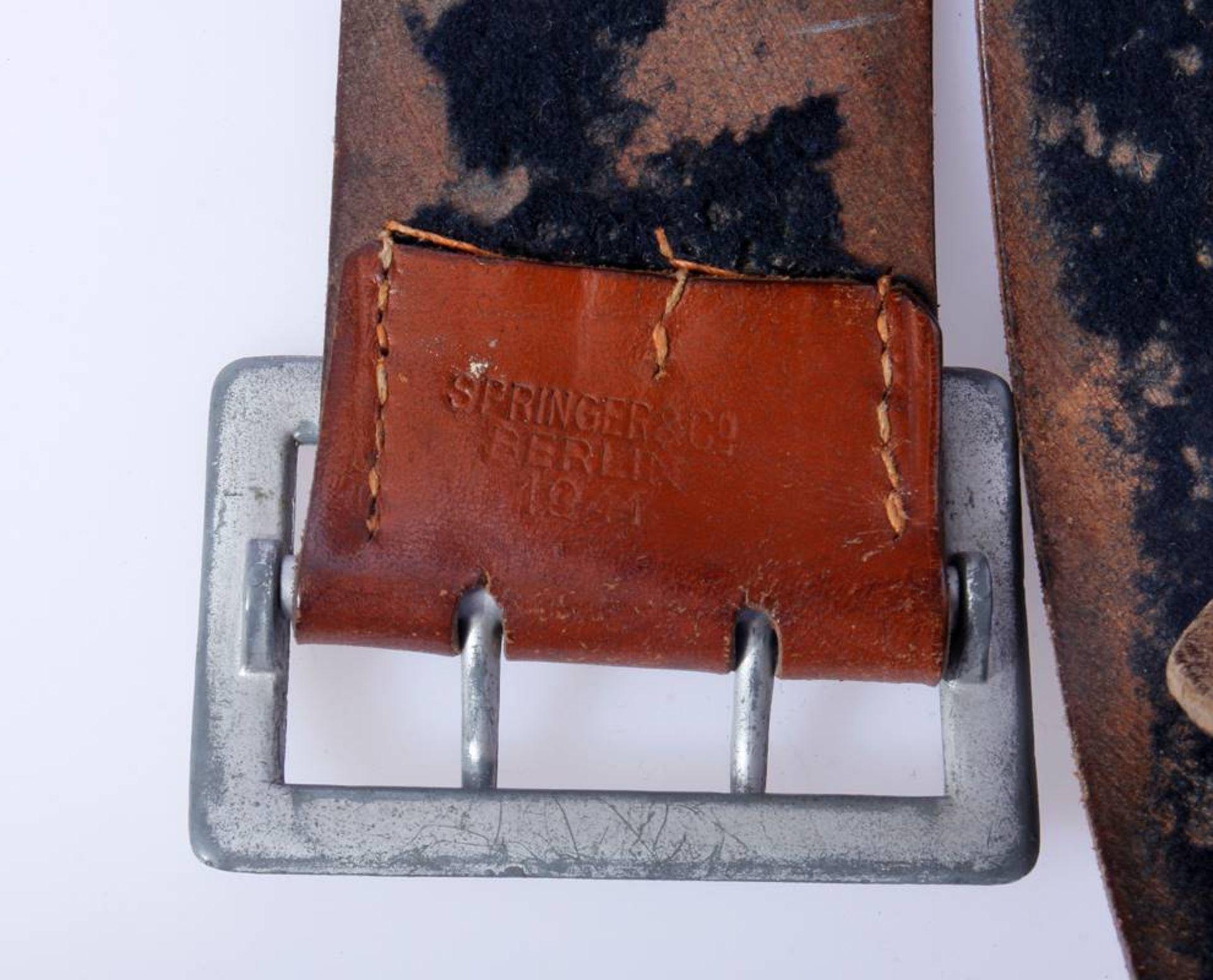 2 x Koppel für Offiziere der Wehrmacht2 x Koppel für Offiziere mit Aluminium Schließen, Leder - Bild 6 aus 7