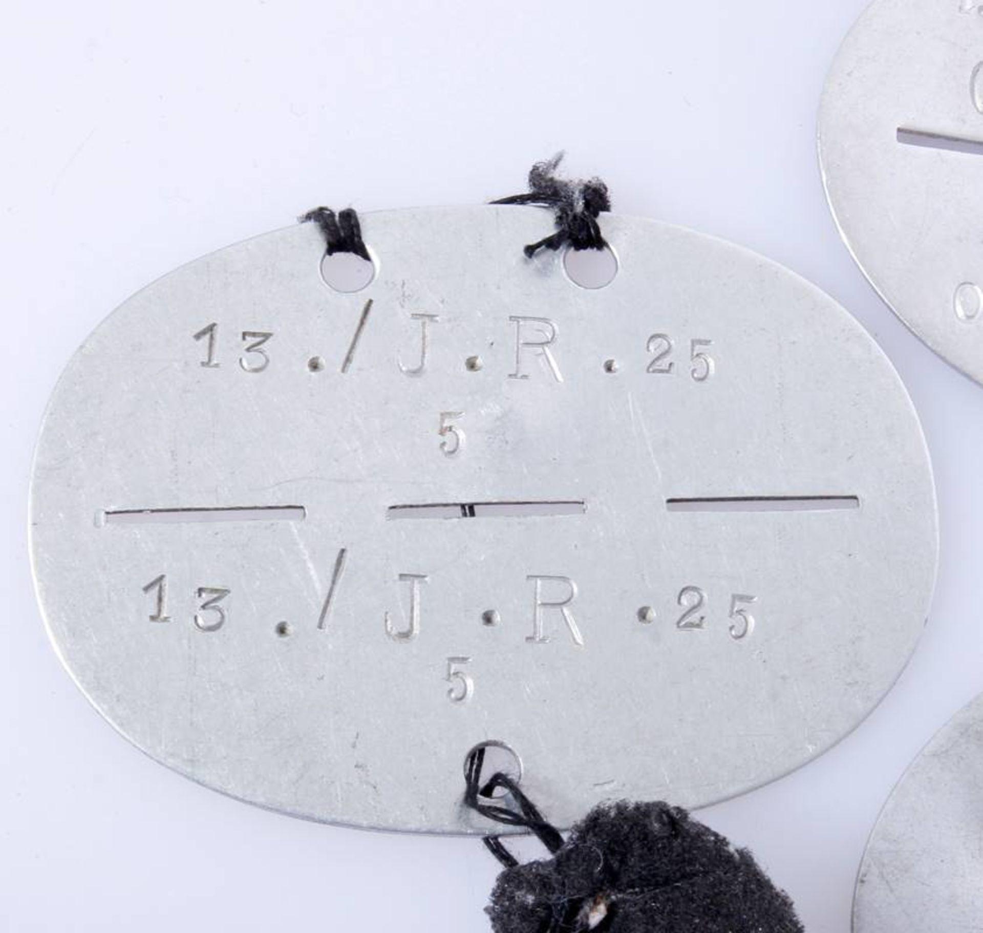 3 x Erkennungsmarken WehrmachtErkennungsmarken der Infanterie und einer Baukompanie Wehrmacht. - Bild 4 aus 5