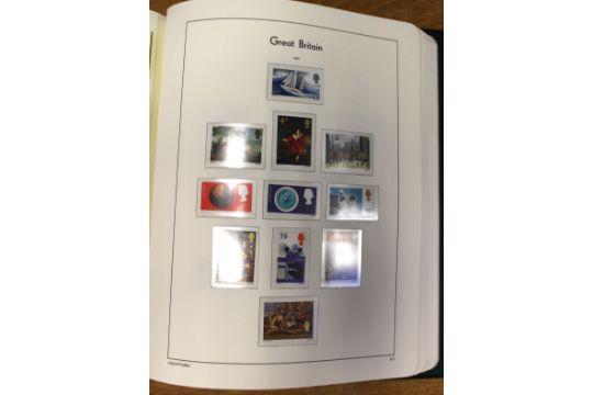 Stamps: Well-filled Leuchtturm Lighthouse album, 1840-1990
