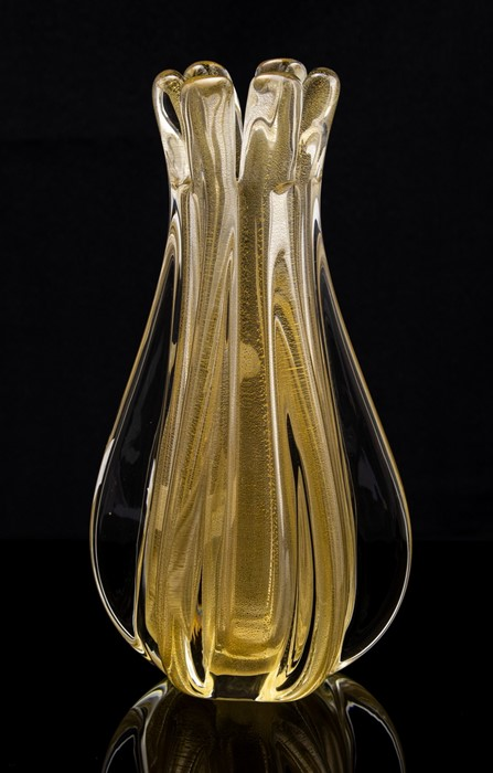 Lot 46 - A Murano glass vase, late 20th century