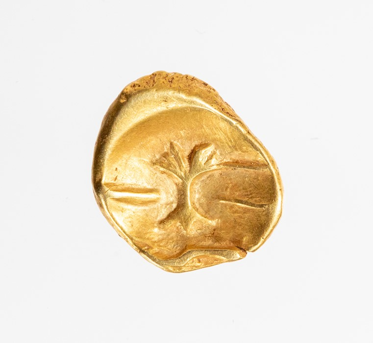 Lot 11 - An uninscribed Gallo-Belgic gold quarter stater attributed to the Morini, dating c. 80-60 BC. Rudd's