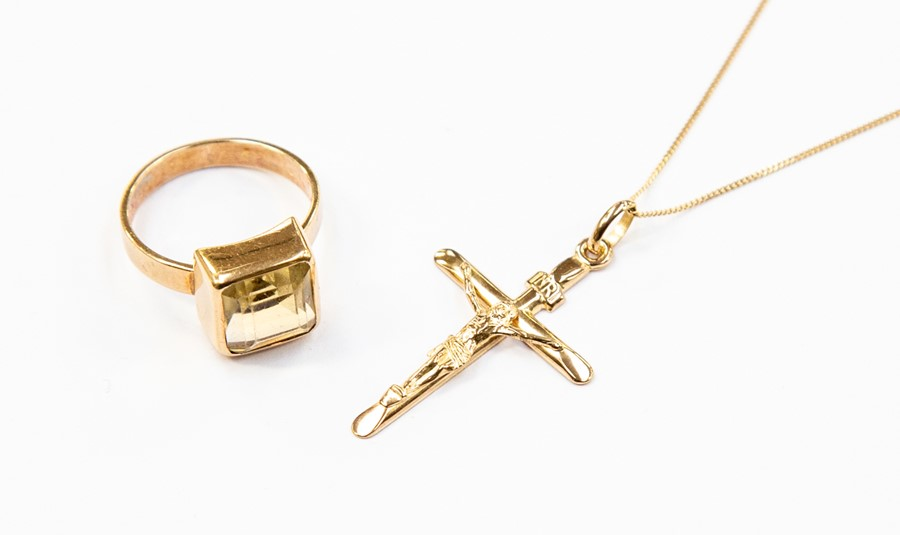 Lot 335 - A 9ct gold and citrine ring, square step cut citrine, size M1/2, along with a 9ct gold crucifix