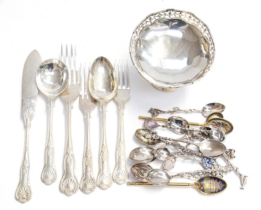 Lot 30 - A collection of silver including: George VI silver raised bonbon dish with pierced gallery rail,