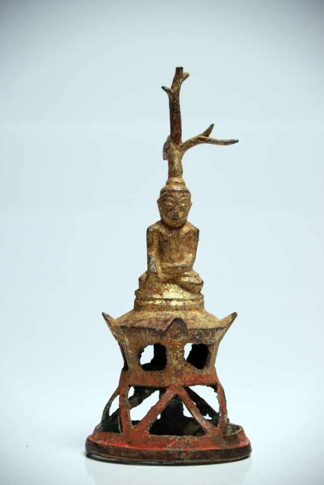 Lot 34 - Sitting BuddhaBronzeBirma16th ctH: 17 cmSitting Buddha under Bodhi tree in meditative state on a