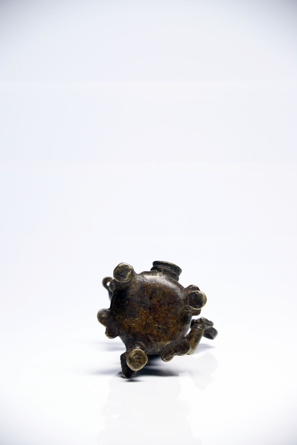Lot 38 - Dipa Lakshimi oil lampBronzeSouth India17th ctH: 12 cm Dipa Lakshimi is the goddess of fertility and