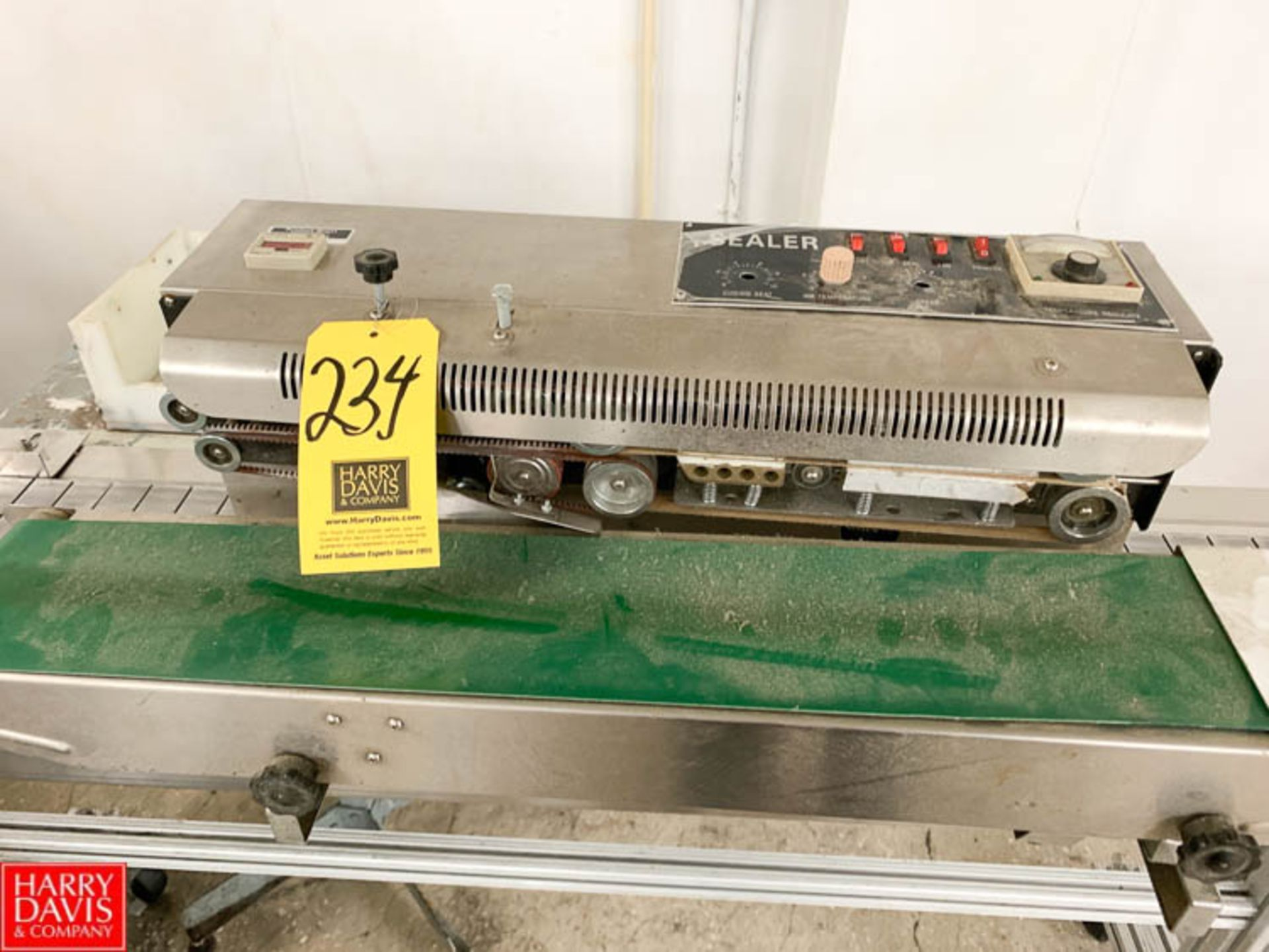 Lot 234 - S/S In Line Sealer Rigging Prices: 100