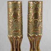 """Paar Grabenarbeiten Ziervasen, gefertigt aus Messinggeschosshülse des I. WK,gemarkt """"75 DEC C. 651 L"""