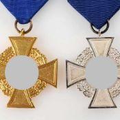 """Paar Dienstauszeichnungen III. Reich """"Für treue Dienste"""", 1 x Stufe Silber - 25 Jahre, 1 x Stufe"""