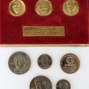 Ehrengaben für Verdienste in der DDR insg. 3 x Medaillensets im Etui und 1 x Medaille VEB Walzwerk