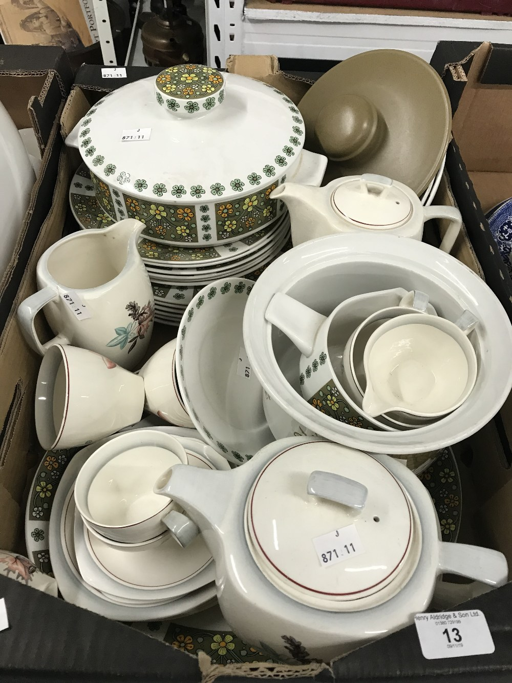 Lot 13 - 20th cent. Ceramics: Midwinter dinner ware, Stylecraft teapot/coffee pot, assorted cups and saucers,
