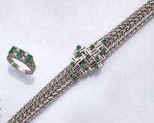 Konvolut in WG, best. aus: Armband, WG 750/000, Mittelteil in geometrischen Formen, bes. mit 11