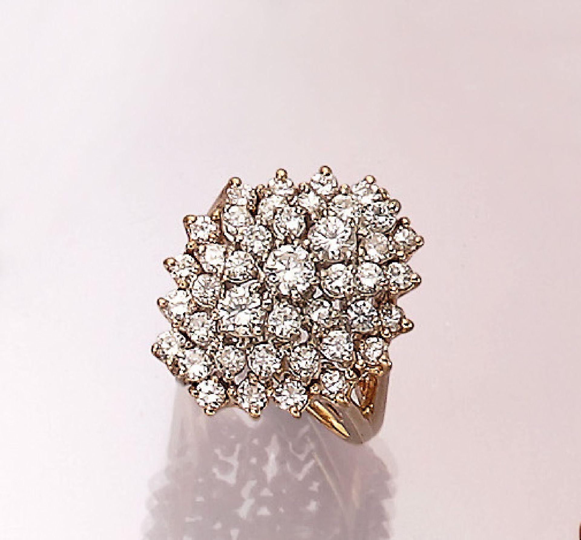 14 kt Gold Ring mit Brillanten, GG 585/000,41 Brillanten zus. ca. 2.0 ct Weiß-get.Weiß/ si-p,