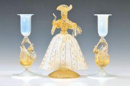Glasskulptur und zwei Kerzenleuchter, Murano, Italien, 20. Jh., mundgeblasenes Glas mit