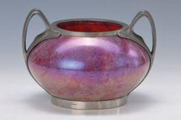 Vase mit Zinnmontur, um 1910, wohl Rindskopf, rosa Glas mit gelben und weißen Einschmelzungen,