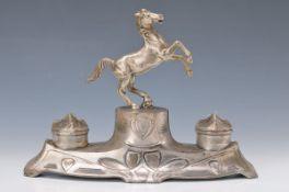 Tintenset, WMF, 1900, Metall versilbert, Pferdebekrönung, Glaseinsätze, ca. 22 x 30 x 13 cmInk