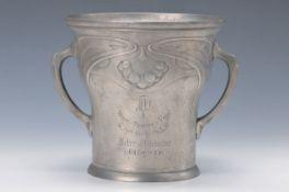 Sektkühler, Gerhardi & Co., um 1900, Zinn, reliefierter Beerendekor, H. ca. 23.5cmChampagne