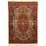 Esfahan alt, Persien, ca. 60 Jahre, Wolle auf Baumwolle, ca. 114 x 78 cm, EHZ: 2Fine Isfahan Rug,
