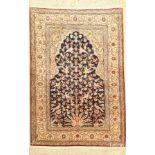 Kaisery Seide, Türkei, ca. 40 Jahre, reine Naturseide, ca. 123 x 84 cm, EHZ: 2Silk Kaisery Rug,