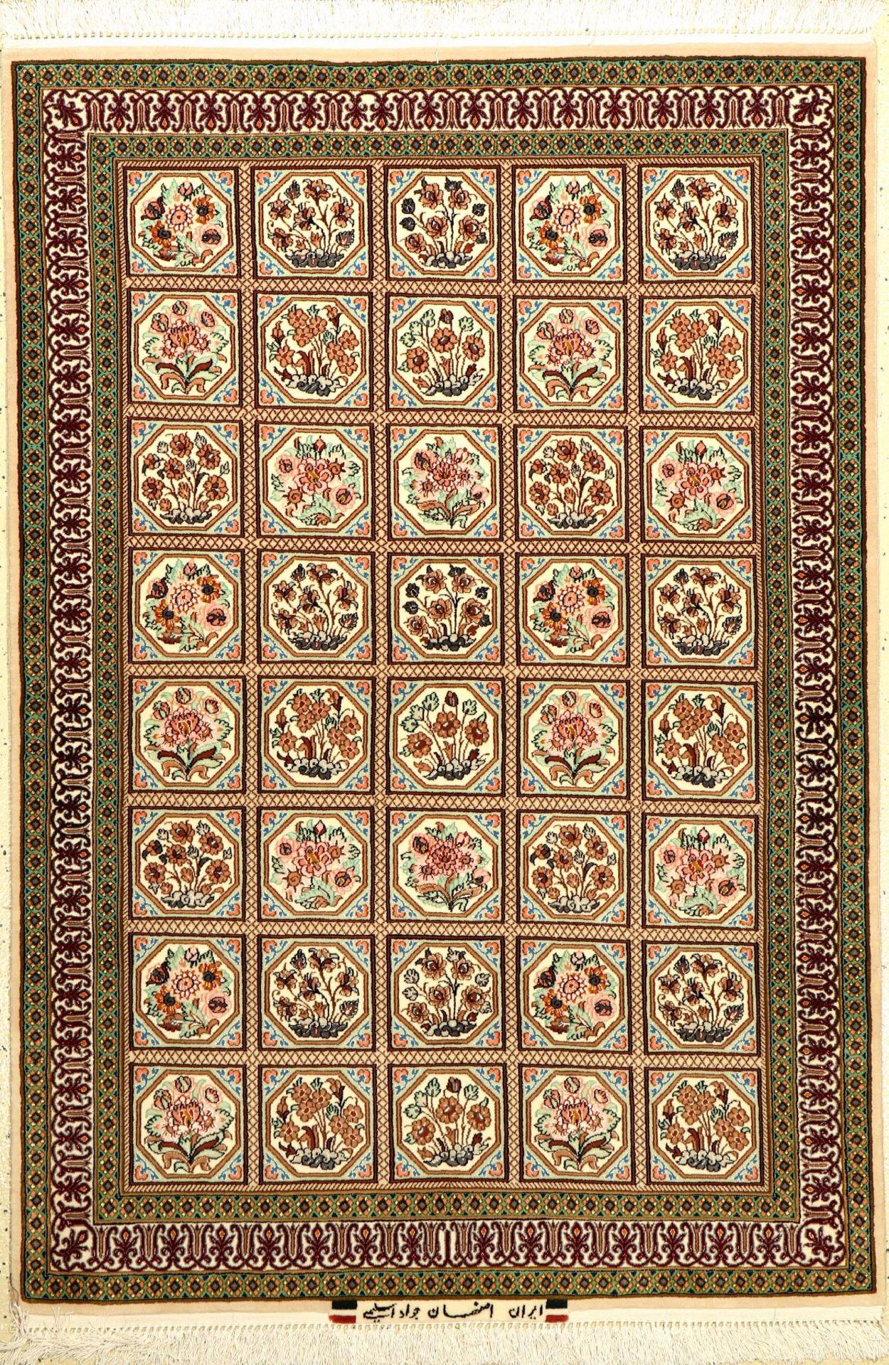 """Esfahan """"Javade Eslimi"""" fein (Signiert), Persien, ca. 15 Jahre alt, Korkwolle mit und auf Seide."""