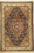 Seiden Ghom alt, Persien, ca. 40 Jahre, reine Naturseide, ca. 159 x 108 cm, EHZ: 2 (fachkundig