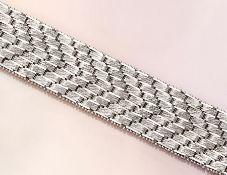 14 kt Gold Armband, WG 585/000, Oberfläche struktur., L. ca. 19 cm, Kastenschloß mit 2