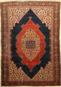 Senneh antik, Persien, um 1900, Wolle auf Baumwolle, ca. 195 x 140 cm, EHZ: 4Senneh Rug, Persia,