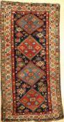 Kazak antik, Kaukasus, ende 19 Jhd., Wolle auf Wolle, ca. 260 x 132 cm, EHZ: 4-5Kazak Rug, Caucasus,