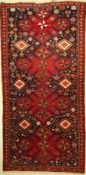 Karabagh, Kaukasus, um 1920, Wolle auf Wolle, ca. 231 x 112 cm, EHZ: 2-3Karabagh Rug, Caucasus,