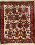 Afschar alt, Persien, um 1940/50, Wolle aufBaumwolle, ca. 162 x 135 cm, EHZ: 2-3Afshar Rug,