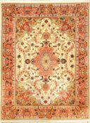 "Täbriz ""Part-Silk"" fein, (50 RAJ), Persien,ca. 15 Jahre, Korkwolle mit Seide, ca. 200 x 151 cm,"