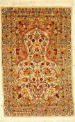 Hereke sign, Türkei, ca. 30 Jahre, reine Naturseide, ca. 65 x 41 cm, EHZ: 2Hereke silk rug sign,
