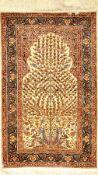 Seiden Kaisery alt, Türkei, ca. 40 Jahre, reine Naturseide, ca. 126 x 77 cm, EHZ: 2Silk Kaisery