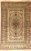 Ghom Seide, Persien, ca. 50 Jahre, reine Naturseide, ca. 160 x 102 cm, EHZ: 4Qum silk rug, Persia,