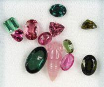 Lot lose Turmaline, zus. ca. 15.8 ct, grüne und pinkf. Turmaline in versch. Größen und