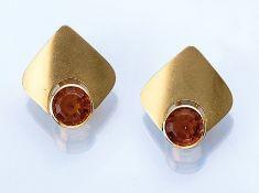 Paar 18 kt Gold Ohrclips mit Citrinen, GG 750/000, rundfacett. Citrine, Oberfläche sat.,Meistermarke