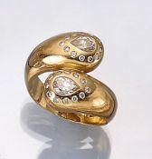 18 kt Gold Schlangenring mit Diamanten, GG 750/000, mit 2 Diamanttropfen zus. ca. 1 ct (grav.)