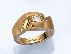 18 kt Gold Ring mit Brillant, GG 750/000, ausgefallenes Design, asymm. Ringschiene, z.T.fein