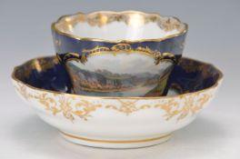 Tasse mit Untertasse, Meissen, um 1880, königsblauer Fond, gegabelter Henkel mit Akanthusranken,