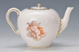 Teekännchen, Frankenthal, 2.H. 18.Jh., Marke kaum lesbar, Puttendekor, polychrom bemalt,
