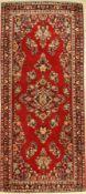 Sarogh, Persien, um 1960, Wolle auf Baumwolle, ca. 187 x 81 cm, 2-3Saruk Rug, Persia, circa 1960,