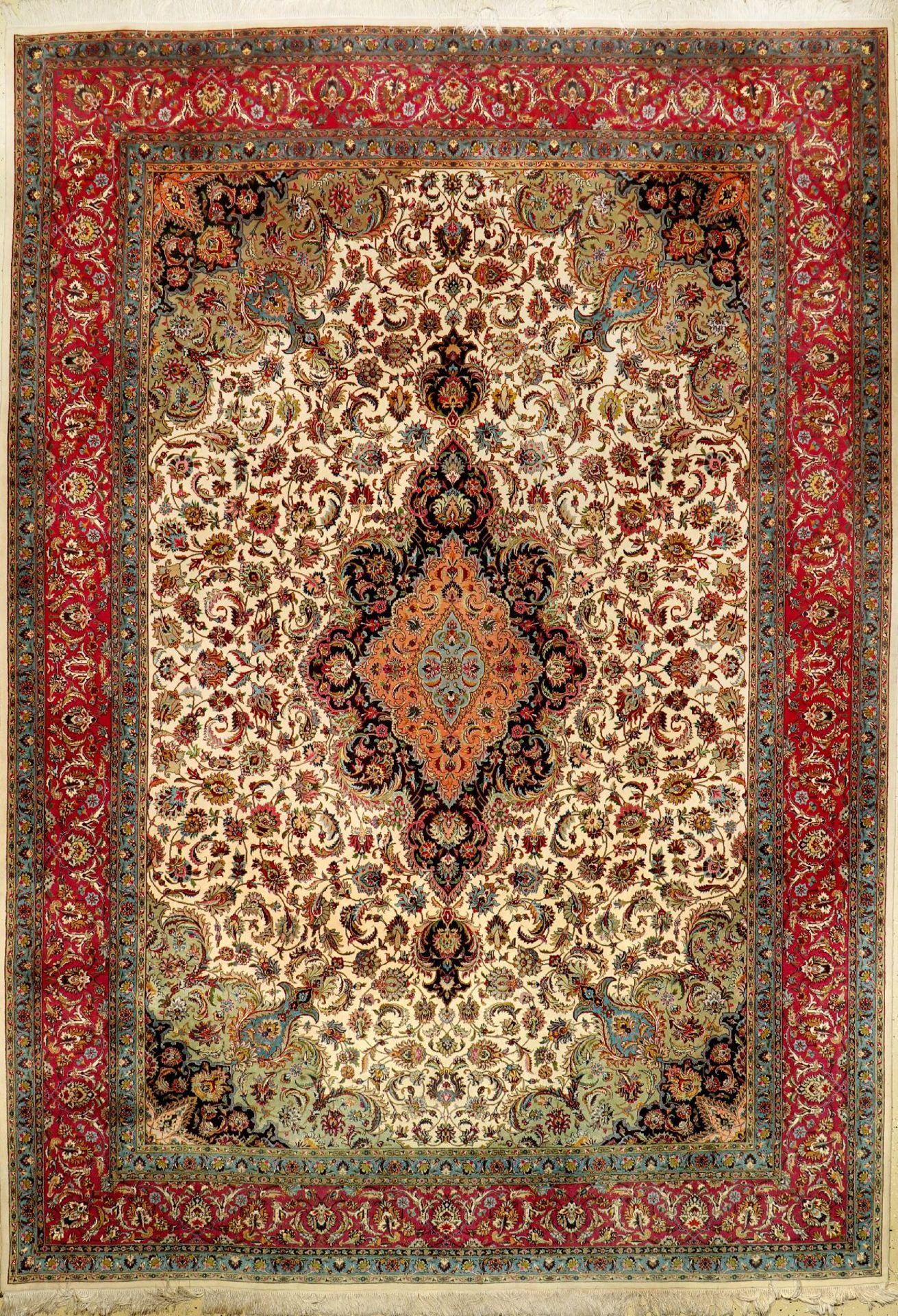 """Täbriz fein, Persien, ca. 50 Jahre, Korkwolle mit Seide, ca. 358 x 252 cm, EHZ: 2Fine Tabriz """"Part-"""