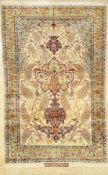 """Seiden Esfahan """"Saraf"""" alt (Signiert), Persien, ca. 40 Jahre alt, reine Naturseide, ca. 172 x 110"""
