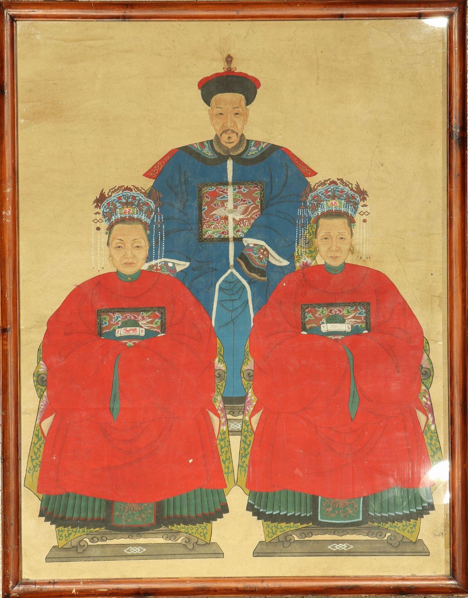 Ahnenbilder alt, China, um 1930-1950, Malerei, ca. 129 x 100 cm, original Rahmen, (Altersspuren)