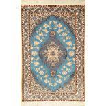Himmelblauer Nain fein, Persien, ca. 15 Jahre, Korkwolle mit Seide, ca. 172 x 112 cm, dekorativ,