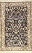 Nain fein (6LA), Persien, ca. 15 Jahre, Korkwolle mit Seide, ca. 201 x 130 cm, kunstvolles