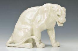 Sitzender Tiger, Frankreich, für la Maison Moderne, um 1900, Feinsteingut, sparsam naturalistisch