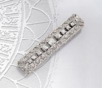 Art-Deco 14 kt Gold Stabbrosche mit Diamanten, WG 585/000, durchbrochen gearbeitet, mit