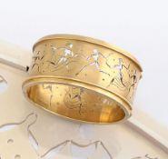 Bedeutender 18 kt Gold Armreif von HERMANN PLEUER, Schwäbisch Gmünd, um 1930/35, GG 750/000,