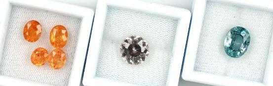 Lot lose Mandarin Granate, zus. ca. 5.3 ct, oval facett., versch. Größen Schätzpreis: 1100, - EURLot